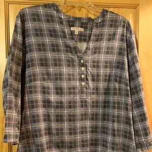 Peter Millar shirt like new